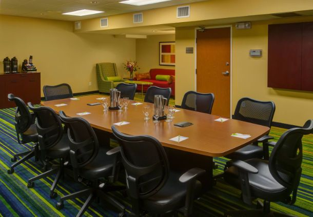 Fairfield Inn & Suites Seattle Bellevue/Redmond  - bellevue boardrooms