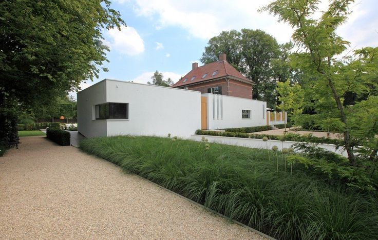 #moderneaanbouw #aanbouw #verbouwing #monument #modern #villa #nieuwbouw #architect #TenbackdeGroof #BartdeGroof