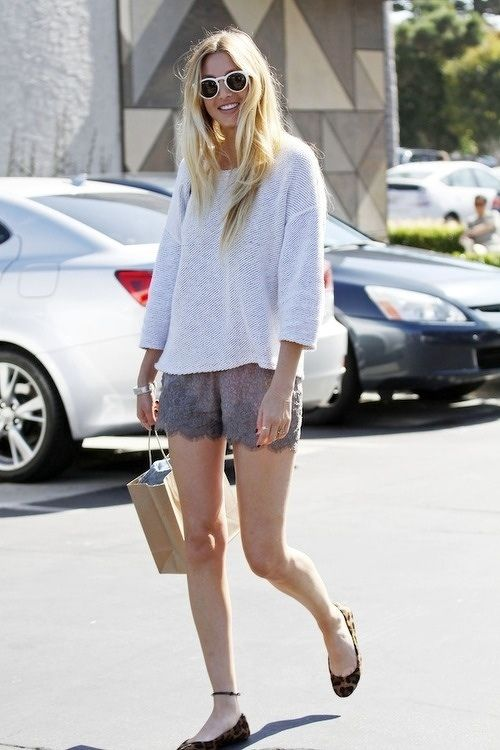 Whitney Port, definitely a fashion inspiration. Always feminine and sophisticated