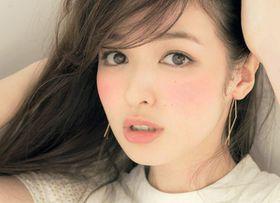 「the日本人顔」でもカラコンなしで憧れのハーフ顔になれるメイク方法 - NAVER まとめ