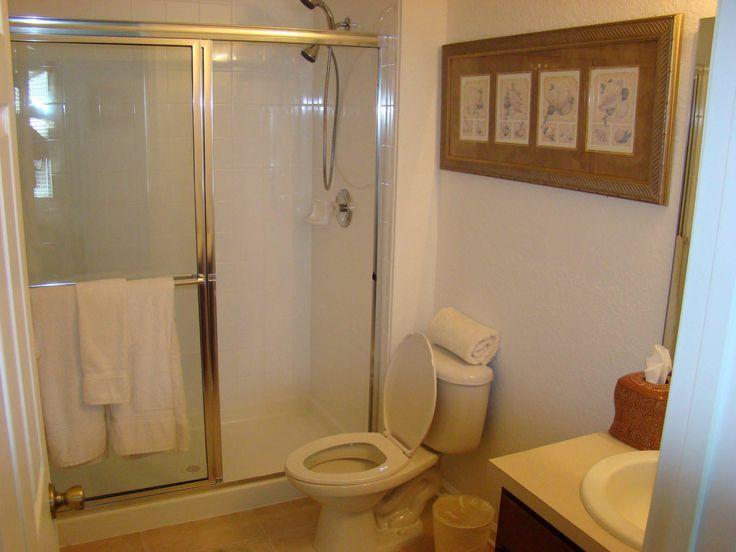 Simple small toilet designs arrangement