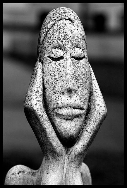 dreaming an endless dream...found this small stone figure in the Viennese Central Cemetry