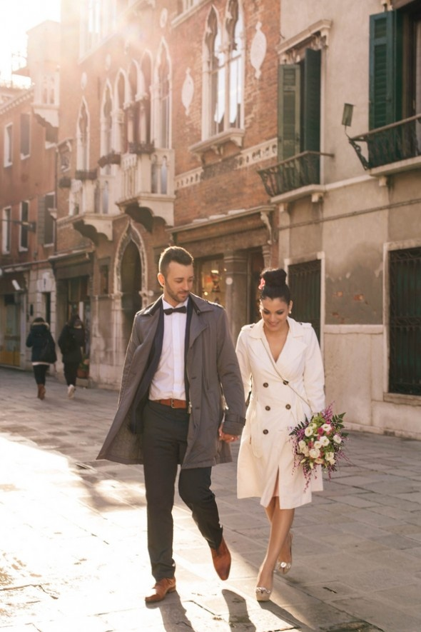 Real Wedding: An Intimate Venetian Elopement   Done Brilliantly