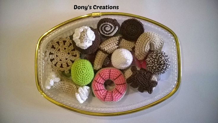 Dony's Creations   by Donatella Saralli : Pasticcini  vari Pattern free italiano