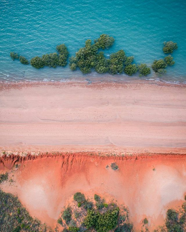 Not only does Roebuck Bay boast some of the most amazing natural colours in @australiasnorthwest, it is also @australia's newest marine park and home to an abundance of sealife including the rare snub fin dolphins, dugongs, turtles and more! #Broome #PolarPro #JustAnotherDayInWA