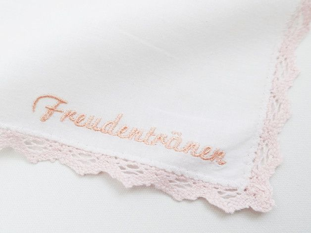 """Gastgeschenke - Besticktes Taschentuch """"Freudentränen"""" Hochzeit - ein Designerstück von habseligkeiten bei DaWanda"""