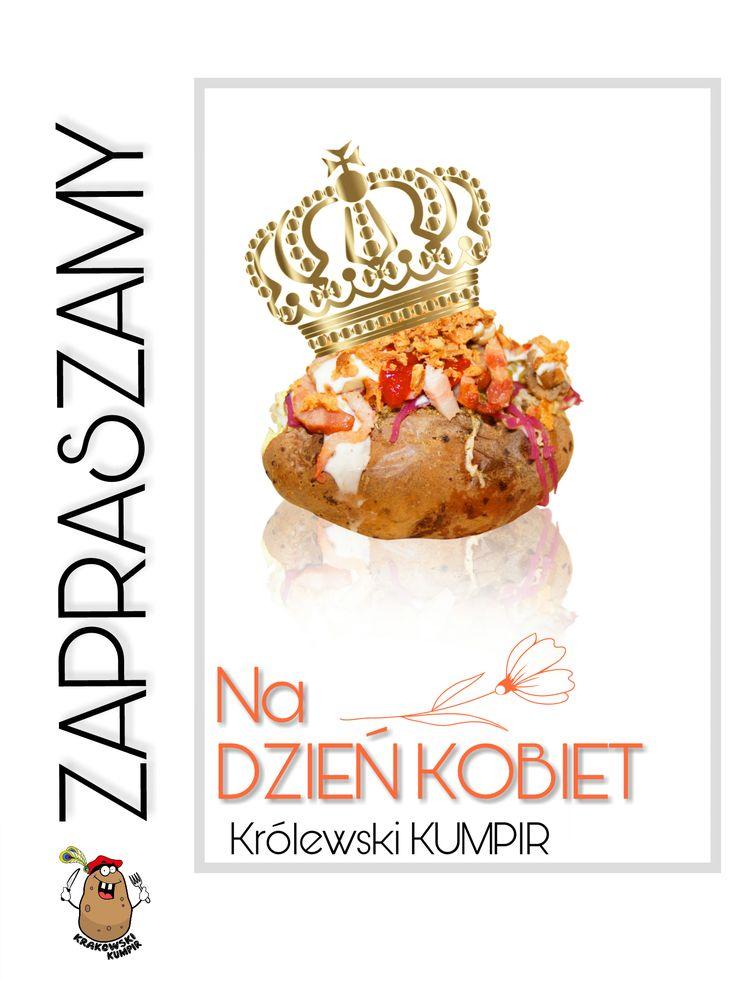 ♛ KRÓLEWSKI ZIEMNIAK ♛ Czy wiecie, że dawno temu Król Jan III Sobieski, po wyprawie wiedeńskiej, przywiózł sadzonki ziemniaka swojej wybrance Marysieńce? :)   Nie zaprzeczycie zatem, że pieczony ziemniak to zaiste KRÓLEWSKI PODARUNEK ♛  Nasze menu znajdziesz TUTAJ http://krakowskikumpir.pl/menu/  #KrakowskiKumpir #Bar #PieczonyZiemniak #Ziemniak #DzieńKobiet #8M #Kraków #Wrocław #Rzeszów #Warszawa #Katowice #GoogFood #kumpir #królewskiziemniak #podarunek #prezent