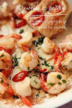 Fried shrimps www.kwestiasmaku.com/ryby_i_owoce_morza/krewetki/krewetki_z_patelni/przepis.html