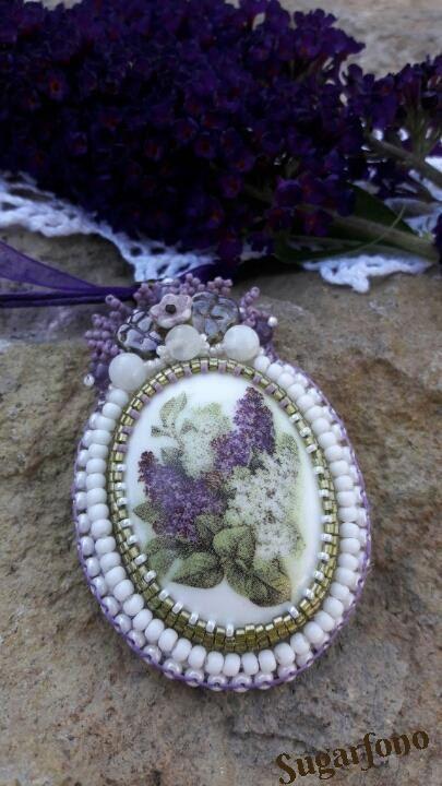 Lilac beadwork by SugarfonoDesign on Etsy