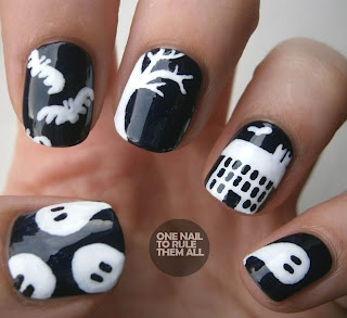 so coolHalloween Costumes, Nailart, Cute Halloween, Black And White, Halloween Nails Art, Haunted House, Costumes Halloween, Black White, Happy Halloween