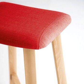 BEVEL Stool. Sohei Arao 2013  Upholstered seat on curved plywood coated with fireproof polyurethane.
