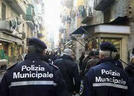 Massimo Fagnoni : Polizia Municipale ... la pistola strappata