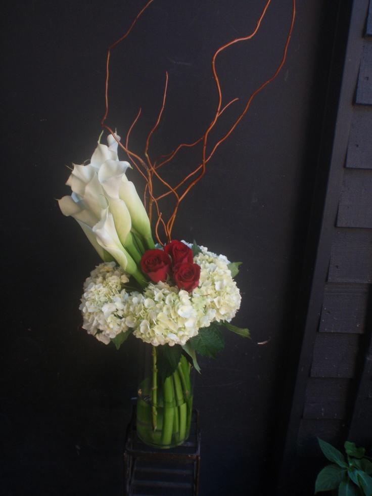 278 best ideas about flower arrangements on pinterest for Flower arrangements for valentines