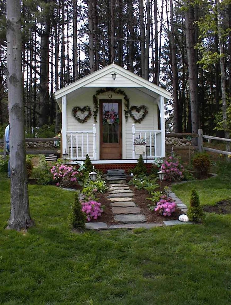 63 best images about press jcs on pinterest tiny house on wheels cabin kits and cabin for Better homes and gardens media kit