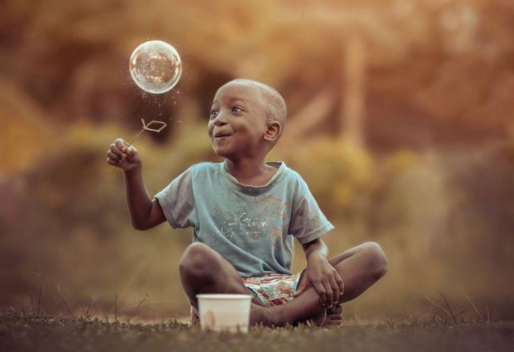 http://www.adme.ru/tvorchestvo-fotografy/20-zavorazhivayuschih-portretov-na-kotorye-zahochetsya-posmotret-dvazhdy-954710/