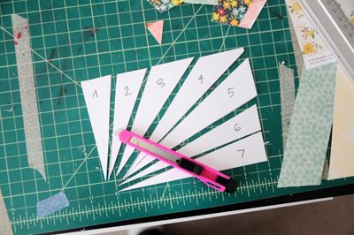 card making tip ... how to make pattern for sun rays so they will all work together ...