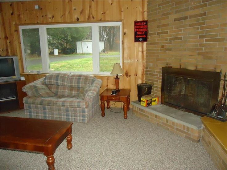 Privately located just outside Linesville, cute 3Br 1Ba on a country acre. Wood insert in LR, large picture window looks over lovely lot. Close to gamelands, new well pump and hw.  tank. #Coldwell Banker Bainbridge Kaufman Real Estate#Crawford County, PA # Jan Jaussen Realtor #Conneaut Township