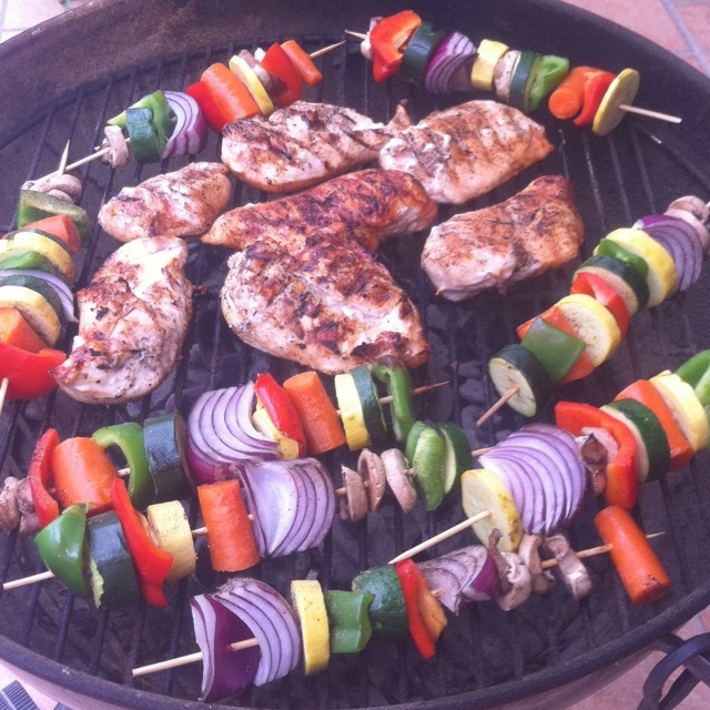 Healthy BBQ veggies skewers and chicken! Yummy!