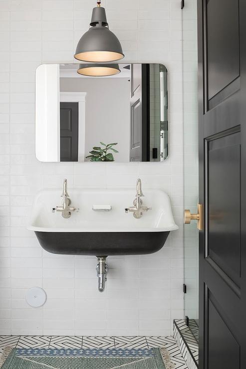Best 25 Over Sink Lighting Ideas On Pinterest Over