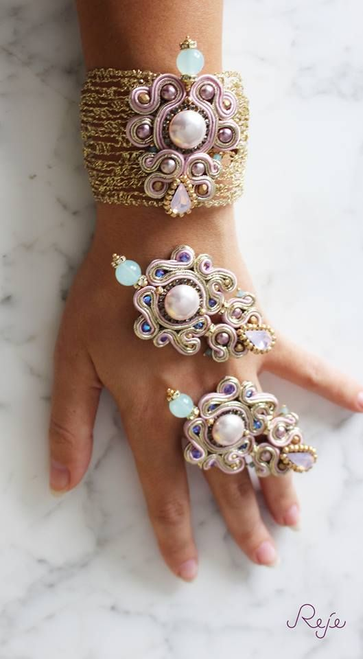 Soutache set, bracelet and earrings, crystals, Handmade in Italy -Reje creations- https://www.facebook.com/rejegioielliinsoutache