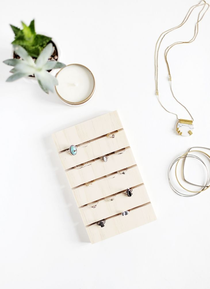 DIY Ring Display @themerrythought | easy #jewelry display / storage / organizer craft