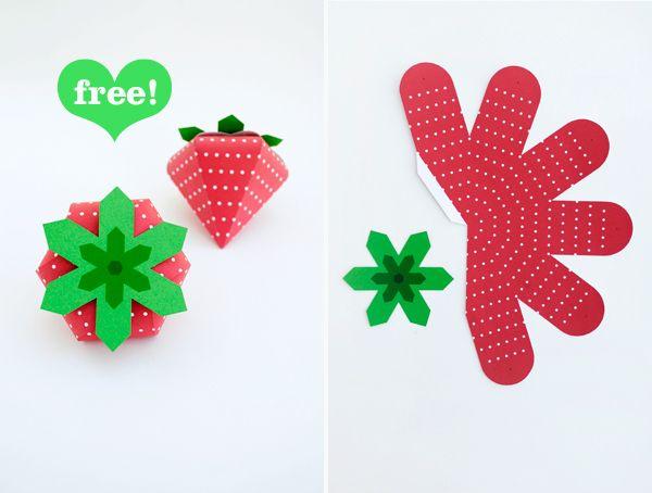 cajita Imprimible con forma de fresa para detalles ¿Cumple de Leia para el cole? >> Free 'strawberry treat box' printable