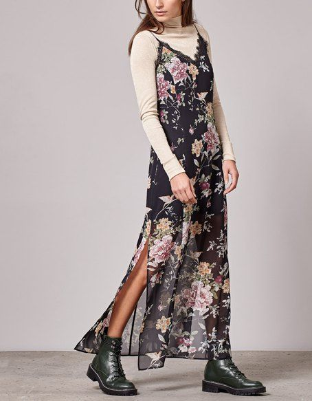 VESTIDOS for woman at Stradivarius online. Visit now and discover the VESTIDOS we have for you | Free returns.