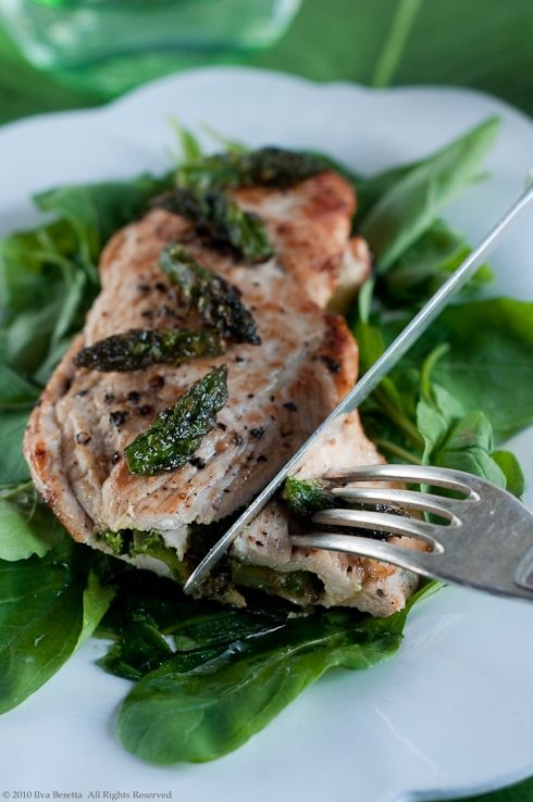 Asparagus and Pesto filled Chicken Fillets!