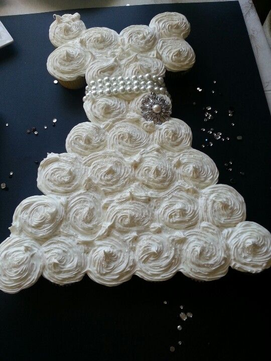 Bridal shower idea.Totally want this! :)