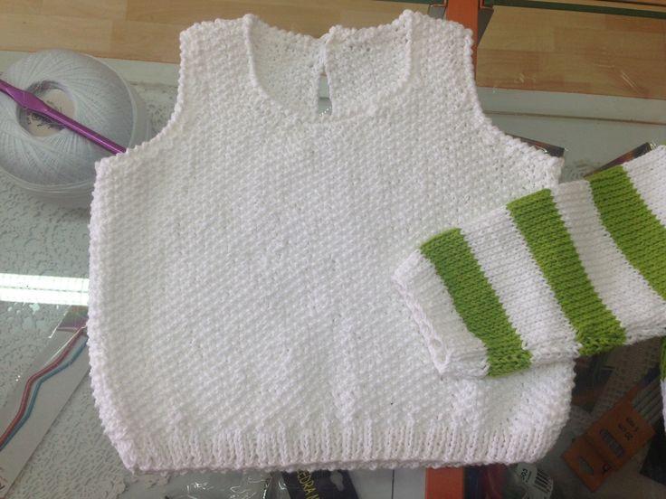 Sueter blanco para bebe, en algodón 100%