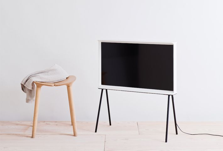 Lovers of design shouldn't have to compromise on aesthetics when it comes to integrating electronic appliances into their everyday lives and homes. That's the idea that pioneering electronics manufacturer, Samsung, followed when they teamed up with the renowned industrial and product design duo, Erwan and Ronan Bouroullec, to create the Serif TV: A refined, aesthetically inspiring television designed to fit seamlessly into the home, whether on the floor, a shelf or its elegant and easily…