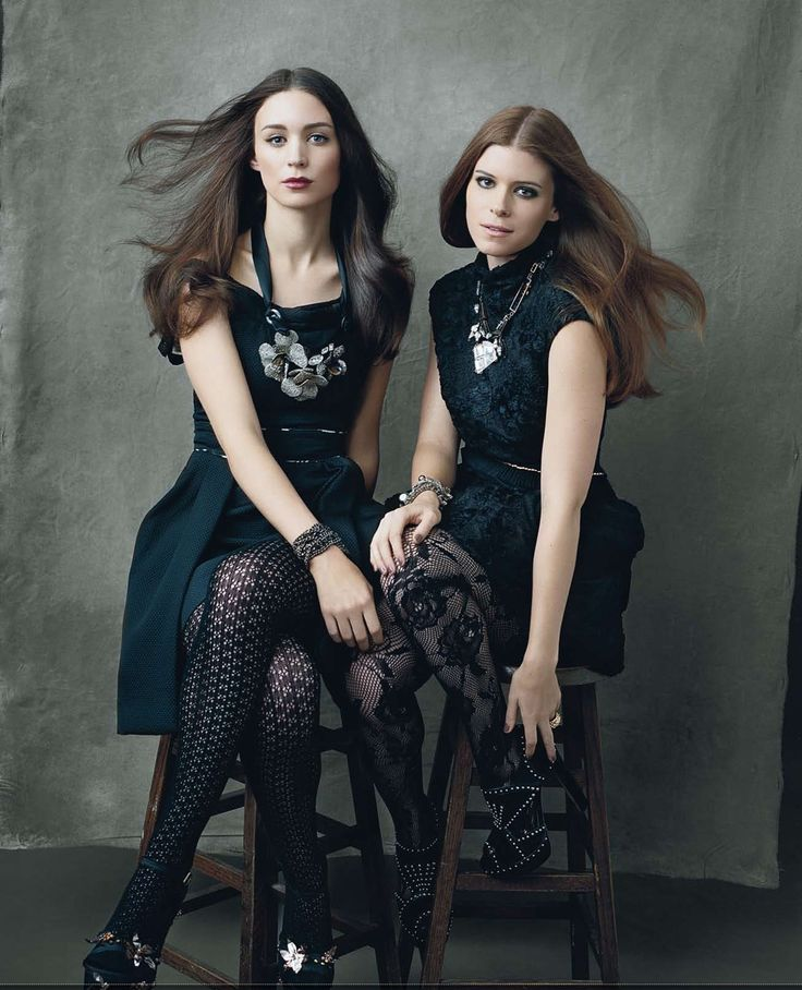Kate and Rooney Mara are such beautiful and totally opposite sisters. Both brilliant actresses on their own right.