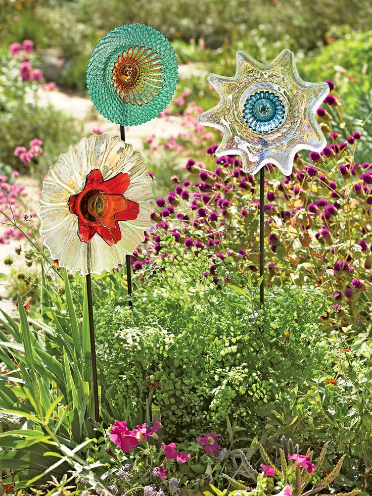 Garden Art Flowers: Glass Dinnerware Stakes, Set of 3   Gardeners.com