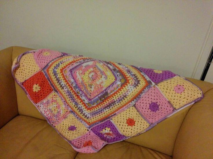 A knee blanket for Emma