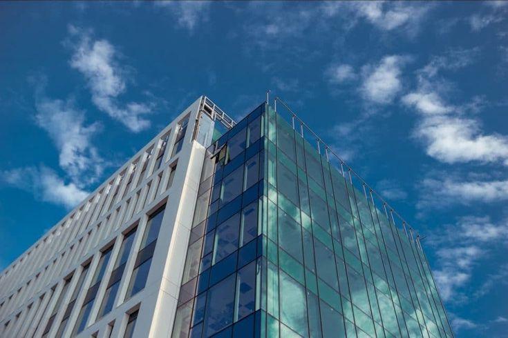 Compania timișoreană de cercetare de piață Recensio Nobilis a închiriat o suprafață de 1.000 de metri pătrați în clădirea de birouri Vox Technology Park din Timișoara.
