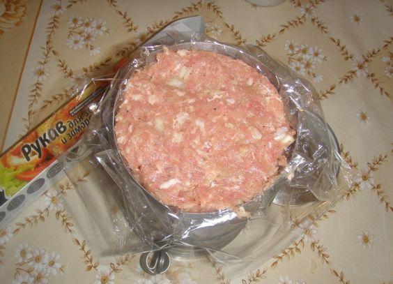 Положи в жестяную банку рукав с куриным мясом. Через час ты получишь королевское блюдо! Повезло, что нашла этот рецепт.