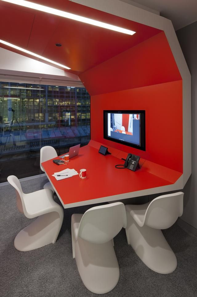 Google Engineering Headquarters in London by Penson