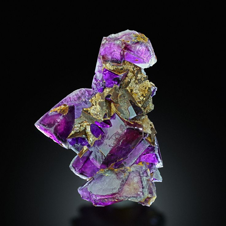 Okoruso Mine, Otjiwarongo District, Namibia - Very rare the nice quality, absolutly amazing unusual color from new find cluster of purple violet pink zoning phantoms cubic fluorite crystals from famous Okorusu mine in Namibia.Perfect well formed crystals. Some nicks on the edge. Color is intense purple/violet,pink well visible with backlit and without too. Specimens is without matrix.  S9-3