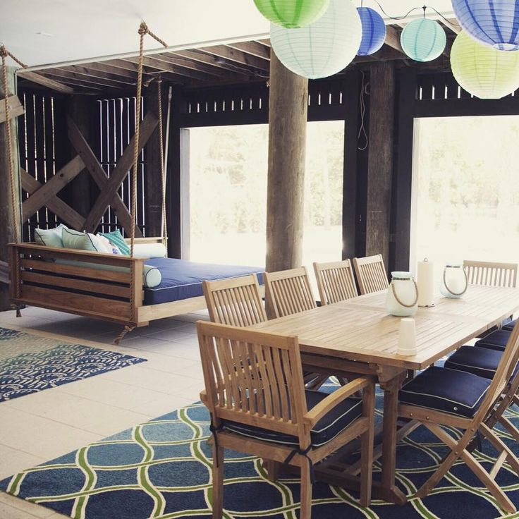 This is our Sullivanu0027s Island swing design