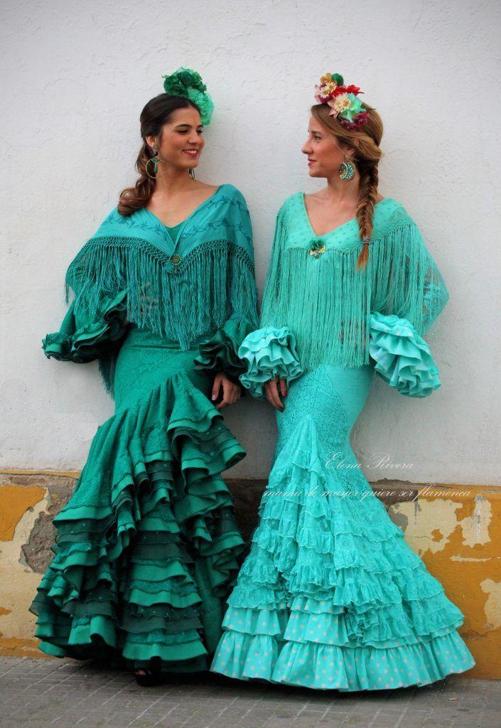 Faly, de la feria al Rocío · Moda Flamenca por Elena Rivera vía Mamá de Mayor Quiero Ser Flamenca