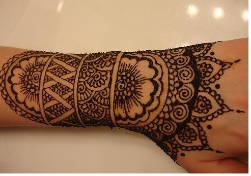 .Henna tattoo design