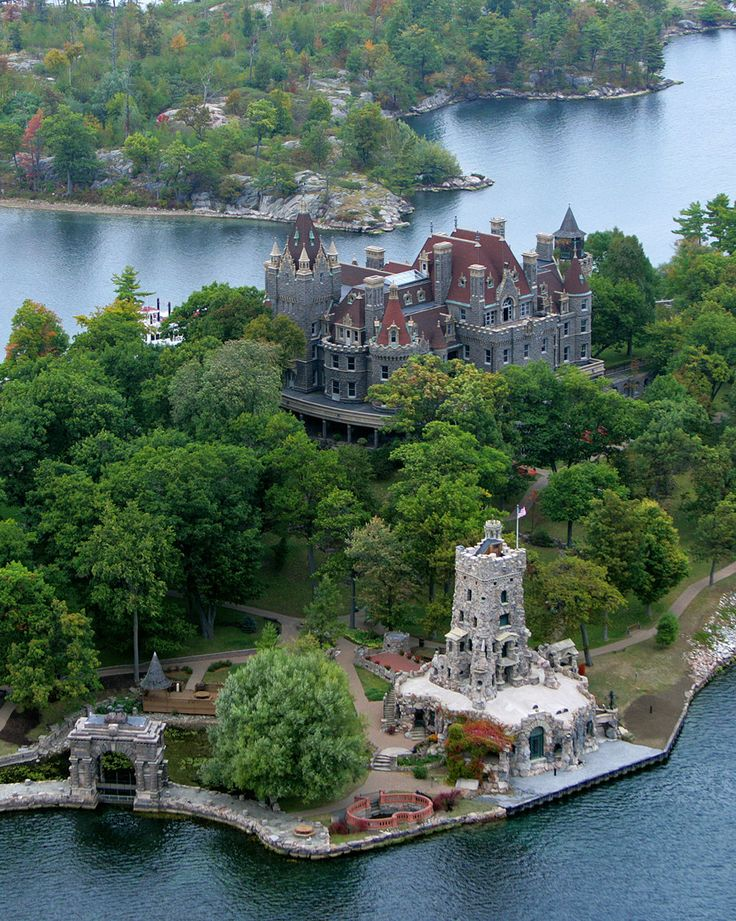 Sitting atop a heart-shaped island, this castle is the masterpiece of a real love story. George Boldt, once owner of the Waldorf Astoria Hotel in New York City, built the no-expenses-spared home for his wife, Louise. Where: Alexandria Bay, NY What We Love: The Thousand Island region, an area that straddles the U.S.-Canadian border, is comprised of—you guessed it—more than 1,000 individual islands. The Boldt Castle is only reachable by boa