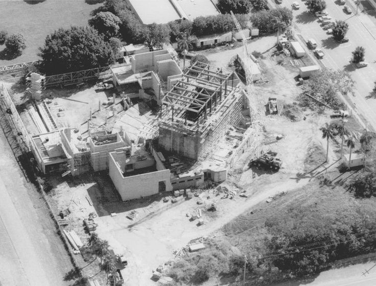 #ThrowBackThursday Construction of The Mackay Entertainment Centre (formerly The Mackay Regional Theatre) in 1987. It was built as a joint project between the Pioneer Shire and Mackay City councils for the Bicentenary of Australia, and was opened with a gala concert in February, 1988.  To celebrate the MECC's 30th anniversary, the centre is commemorating history with another gala event on February 3.