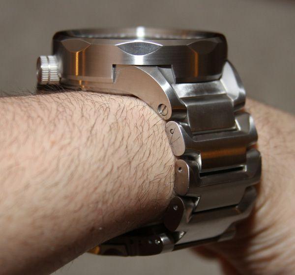 SISU-Guardian-watch-13.jpg (600×560)