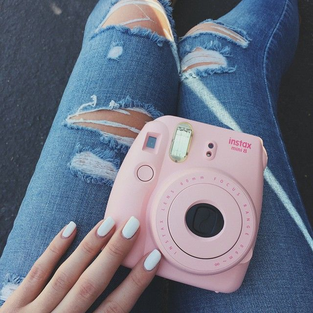 literally all I want for my birthday is either a pink or white polaroid