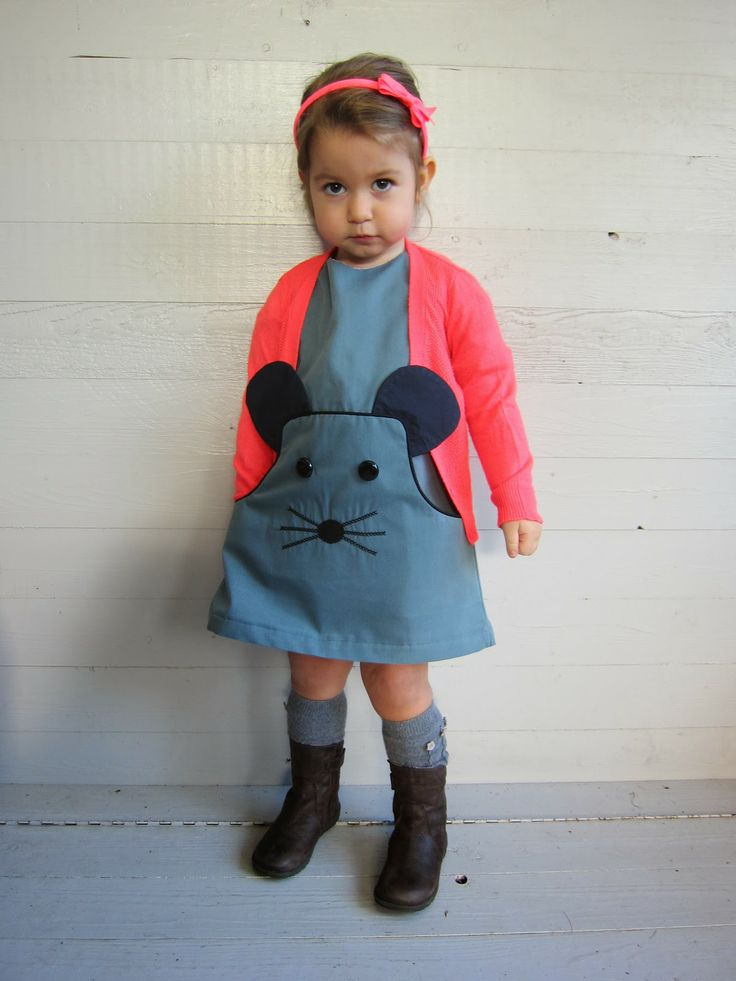 Nothing is cuter than a mouse jumper dress!  | A MOUSE DRESS (Basic pattern is LOUISA-dress of Company M ) deborasluijs.blogspot.be