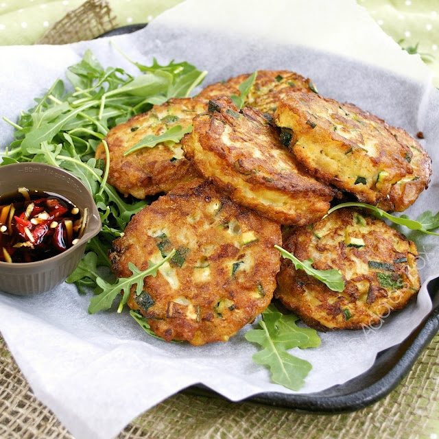 ADORA's Box: COURGETTE FRITTERS WITH GINGER SOY DIP