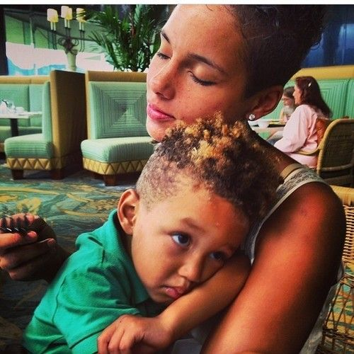 So cute. @Alicia Keys and her son Egypt (at www.kurleebelle.com)