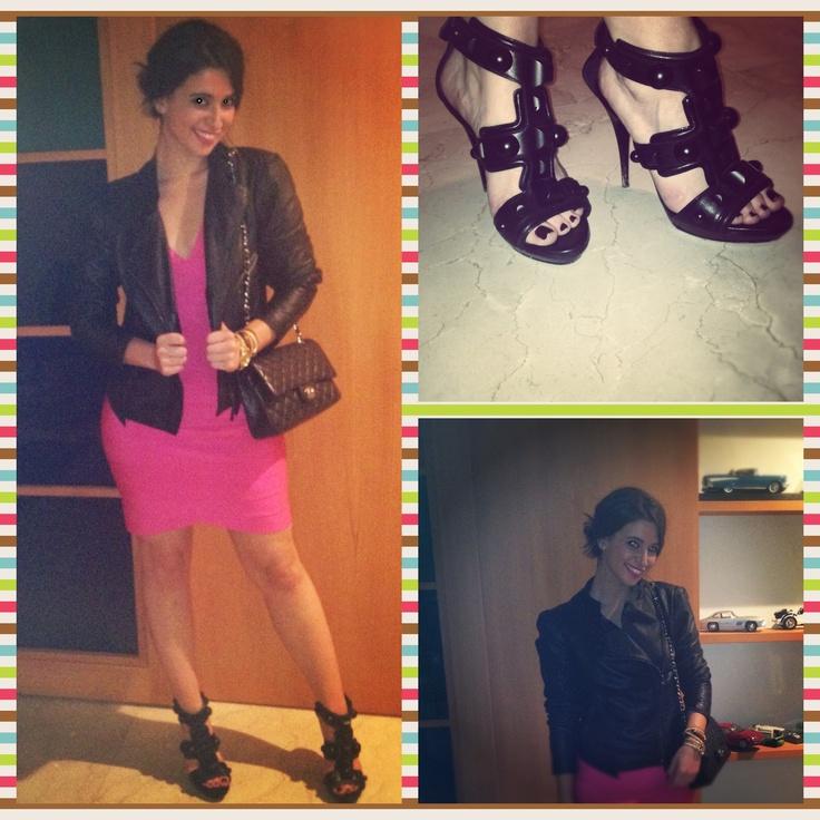 Elbise/Dress: Herve Leger, Ayakkabi/Shoes: Burberry, Deri Ceket/Jacket: Zara, Canta/Bag: Chanel