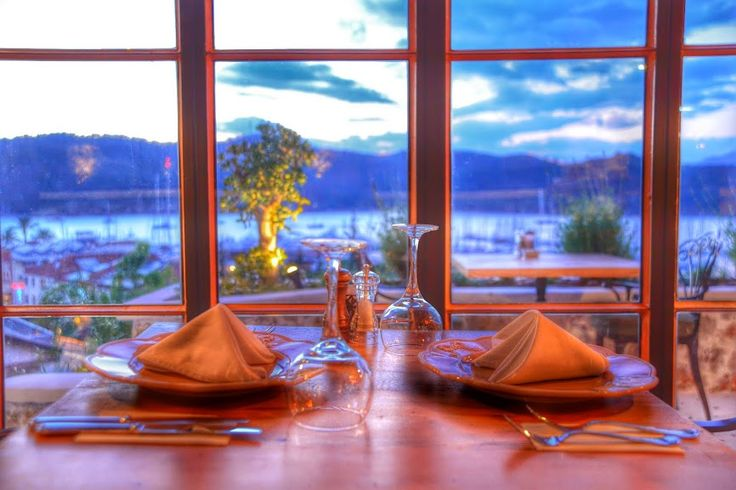 A perfect location overlooking the harbour, excellent meal and great service waiting for you at Unique Restaurant. #hotelunique www.hoteluniqueturkey.com
